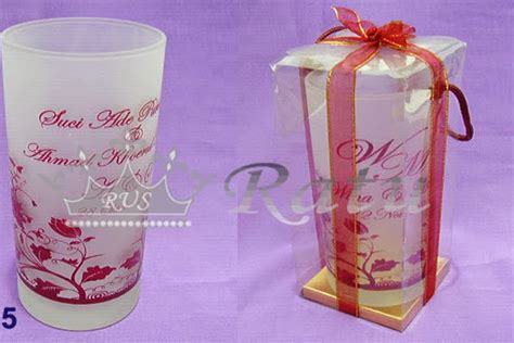 Souvenir Gelas Sablon Warna Dan Desain By Request Cuwie Creation souvenir gelas doff souvenir gelas pernikahan ratu undangan souvenir hp 085649411149 wa