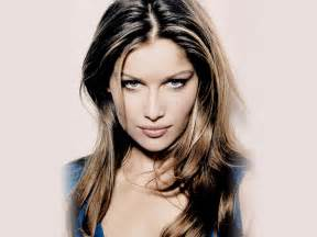 Female celebrities french model and actress laetitia casta wallpapers
