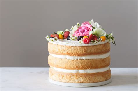 Diy Wedding Cake Simple by Ditch The Fondant And Make Your Own Wedding Cake
