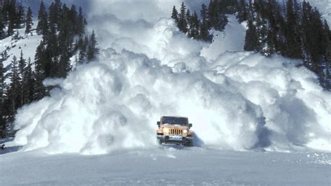 jeep snow wallpaper jeep 174 wrangler quot avalanche quot official commercial youtube
