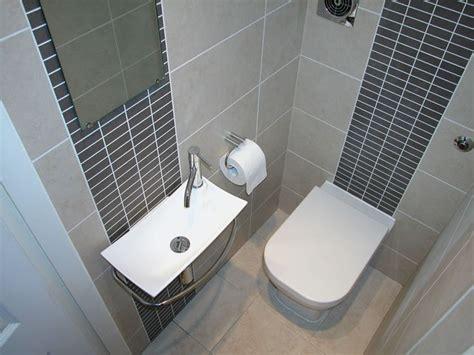 Tips for Tiny Bathrooms Back2BATH