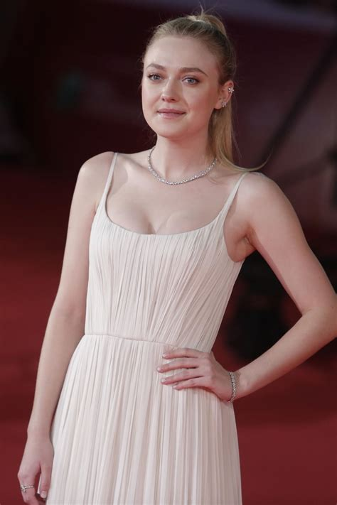 dakota fanning new movie dakota fanning archives hawtcelebs hawtcelebs