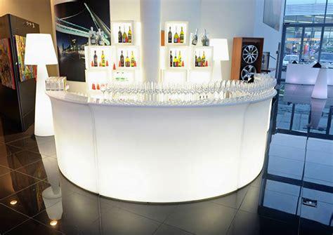 location comptoir bar location de bar slide lumineux location mobilier de