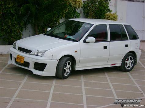 Suzuki Cultus Review Suzuki Cultus Photos Reviews News Specs Buy Car