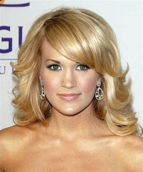 blonde hairstyles side fringe 30 awesome side swept bangs on long hair creativefan