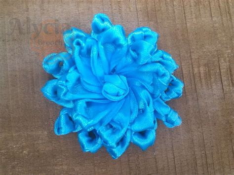 Flower Brooch By Gaia Bros Bunga Jilbab jual brooch bros pita satin alycia brooch