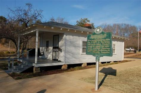 tupelo mississippi elvis s birthplace picture of