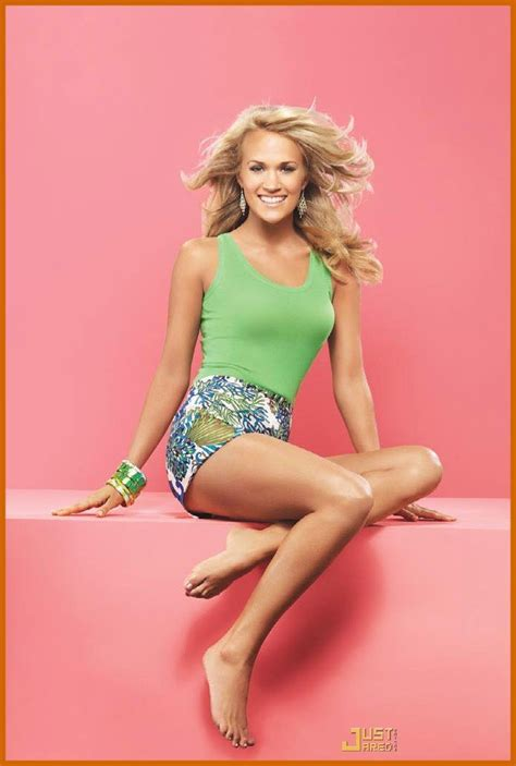 carrie underwood body carrie underwood bare feet pinterest carrie and