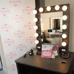 Makeup Desk With Mirror And Lights I Am Elizabeth Martz Fashion Lifestyle