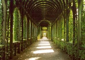 Formal English Garden - palais het loo netherlands the gardens at palais het loo flickr