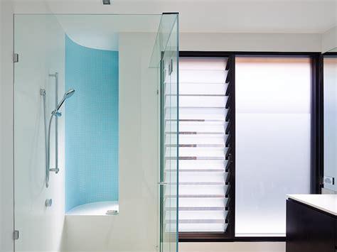 bathroom louvre windows louvre windows in bathrooms laundries australia