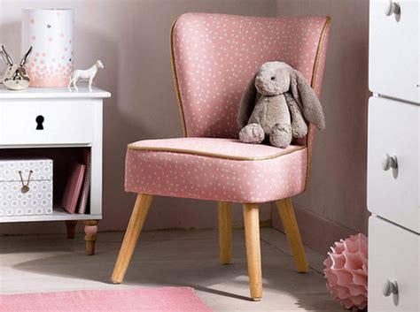 fauteuil chambre enfant des petits fauteuils pour faire comme les grands
