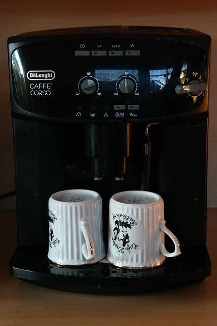Wie Entkalkt Eine Kaffeemaschine by Wie Oft Muss Ein Kaffeevollautomat Entkalkt Werden