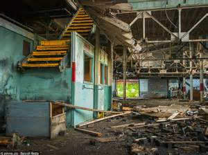Interior Supply Cleveland by Photographer Johnny Joo Captures Cleveland S Abandoned Buildings Daily Mail