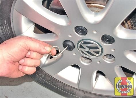 vw polo 2009 2014 haynes publishing volkswagen polo 2009 2014 1 4 roadside wheel change haynes publishing