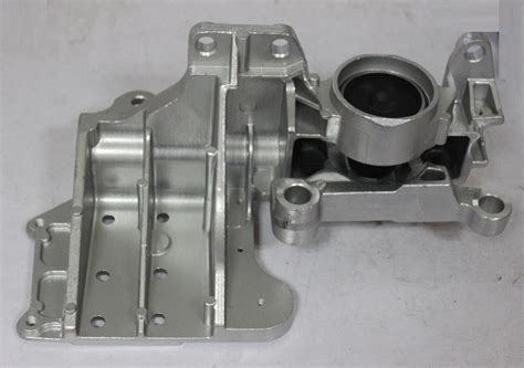 Engine Mounting X Trailserena Depan engine mount lus auto