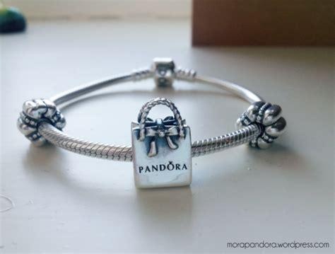 review pandora shopping bag charm for winter 2013 mora