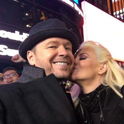 what extensions does jenni from donnie wahlberg 17 best images about jenny mccarthy donnie wahlberg on