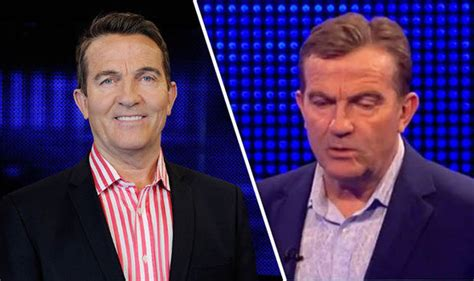 Fashion News Roland Mouret Sparks Frenzy At Uk Gap Toos Flies The 17 Coop by The Bradley Walsh S Dramatic New Do Sparks Frenzy
