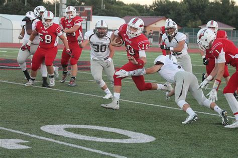 Garden City Football Roster Maize News By Play Newsmagazine Football Team Falls To