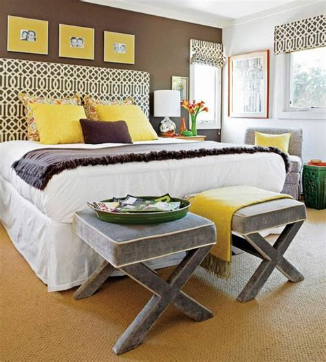 kopfteil für bett wohnzimmer schwarz lila