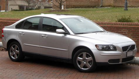 volvo s volvo s40 review and photos