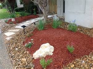 Bark Garden Ideas Rocks Against Paths Bark Mulch In Planting Area Stepping Stones For Path Front Yard