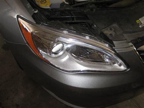 change chrysler 200 chrysler 200 headlight bulbs replacement guide 001