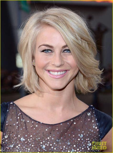 safe haven julianne hugh hair cut julianne hough people s choice awards 2013 red carpet