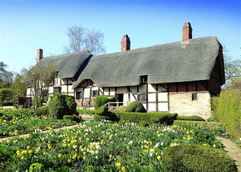 Stratford Upon Avon Cottage by Shakespeare S Second Best Bed To Be Restored Stratford