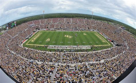 bright house networks stadium building a permanent emergency operations center at ucf 2016 07 01 security magazine
