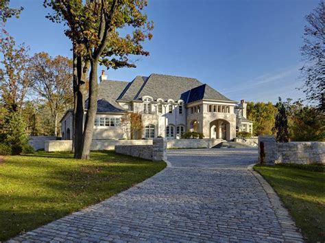 house of bedrooms bloomfield hills mi 16 000 square foot mansion in bloomfield hills mi homes of the rich