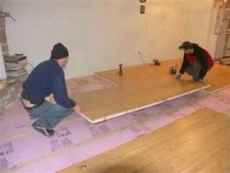 Easy way to insulate your concrete floor..Sing Honeycomb