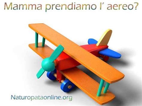 alimenti in aereo mamma prendiamo l aereo volare sereni con i vostri