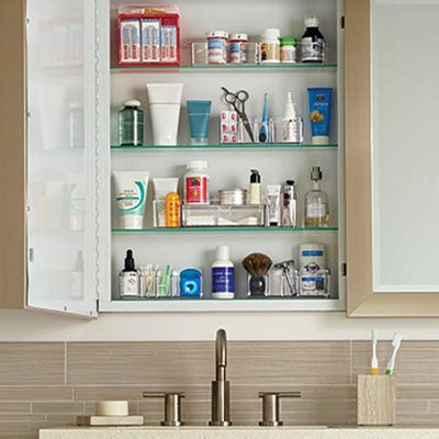 organize medicine cabinet how to organize your medicine cabinet ideas