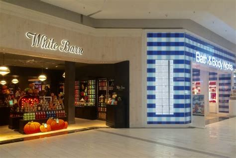 White Barn Candle Tuttle Mall by White Barn Candle And A Newly Remodeled Bath Works