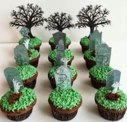 Cupcake Decorating Ideas For Halloween Healthiana Spooky Halloween Cupcake Decorations