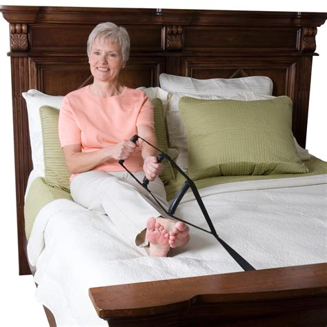 pillows that help you sit up in bed to help sit up in bed amazon com stander bedcaddie sit up support with