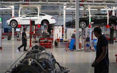 Tesla Model S Factory Inside The Tesla Electric Car Factory