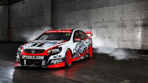 holden racing team 2014 v8 supercars teams drivers social media guide