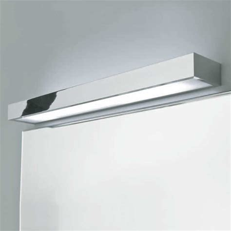 Bathroom Above Mirror Lighting Ax0693 Tallin 900 Bathroom Wall Light Up And Mirror Light Ip44 39w T5 High Output
