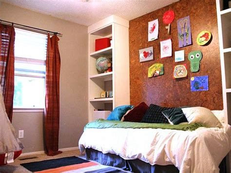 Cork Board Headboard by 5 Ways To Use Cork Boards In Your Home