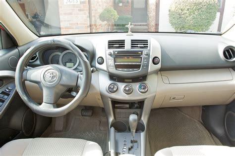 Toyota Rav4 2006 Interior by 2006 Toyota Rav4 Pictures Cargurus