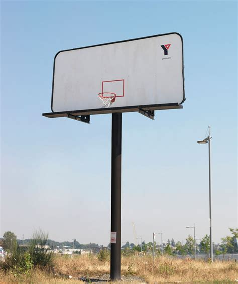33 clever and creative billboard ads bored panda