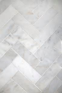 White Marble Floor Tile 25 Best Ideas About Marble Tiles On Marble Tile Flooring White Marble Flooring And