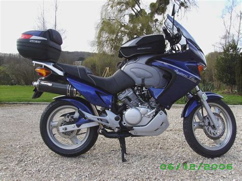 honda varadero honda varadero 125 scorpion exhaust quick ride how to