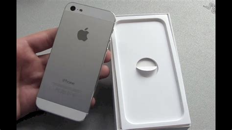 white iphone 5 unboxing and look
