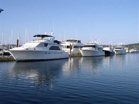 yacht surat lady sura the most beautiful yacht sail boats blog