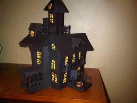 Haunted Mansion Papercraft - 3d paper house print out 11385d1281407722 3d haunted