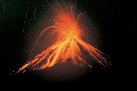 Exploding Lava L by La Fortuna De San Carlos Costa Rica City Guide Go